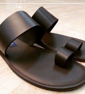 single strap sandals